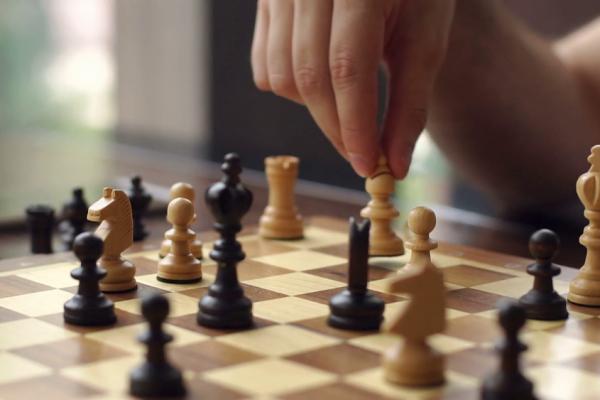 Sejarah Permainan Catur Dan Hukum Bermain Catur Dalam Islam