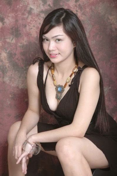 Pilipina Nude Picture