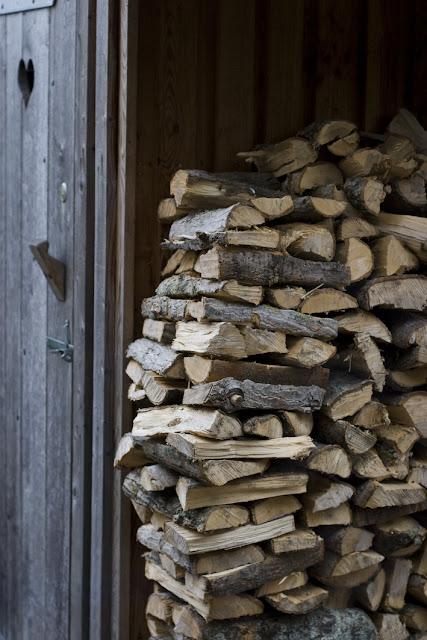 holzstapel, feuerholz, holzbackofen