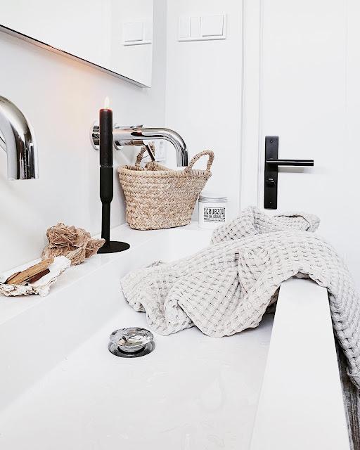 Waarom een glazen douchewand zo handig is!