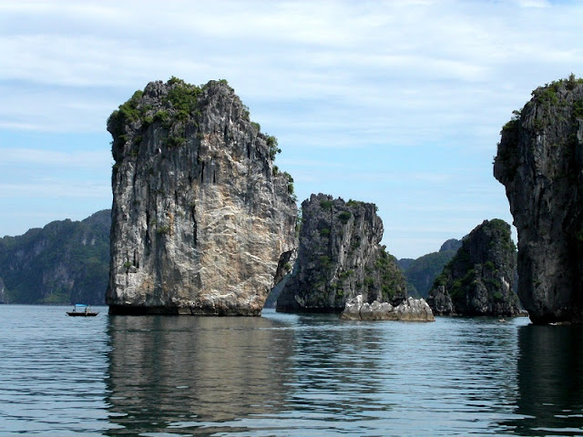 What's In The Halong Bay One Day From Hanoi? 1