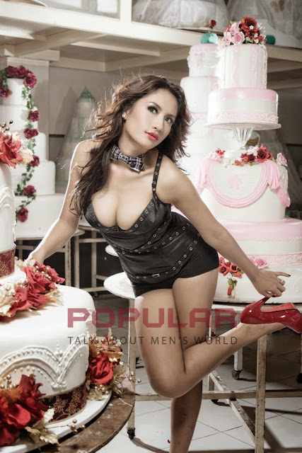 Shinta Bachir Sexy In Black On Popular magazine