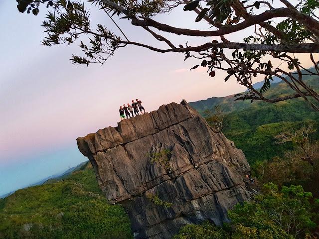 Mt. Nagpatong Rock Formation, Barangay Cayumbay, Tanay Rizal