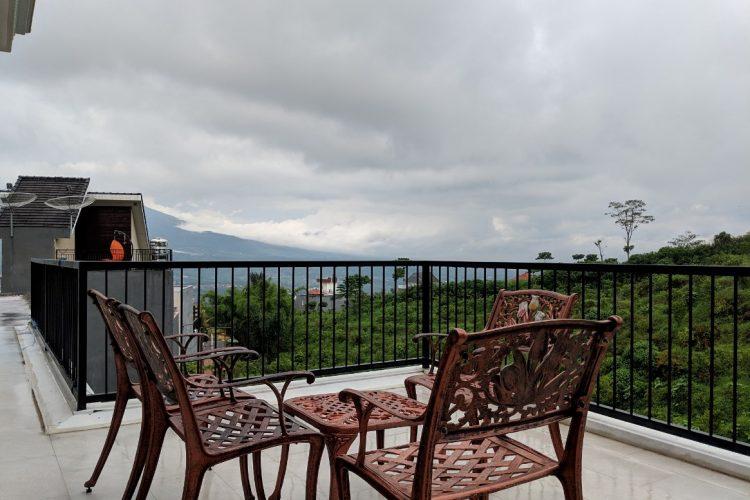 3 Vila dengan View Bagus di Batu, Malang