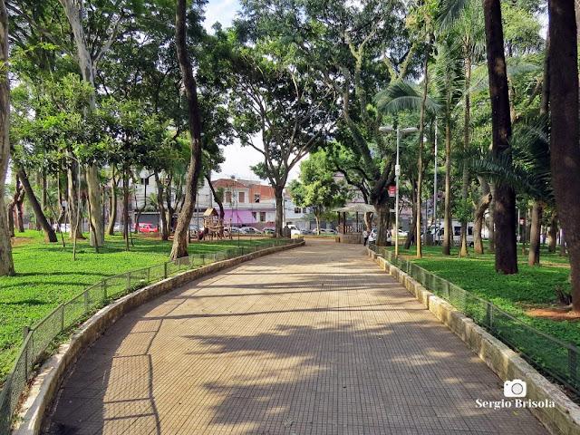 Vista ampla da Praça Dom Orione - Bela Vista / Bixiga - São Paulo
