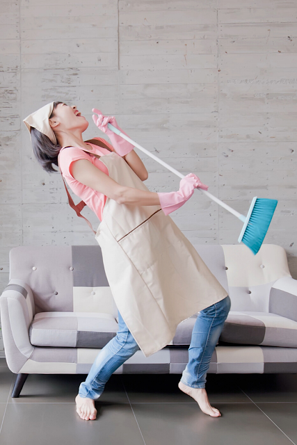 Dancing while cleaning helps your mental health!