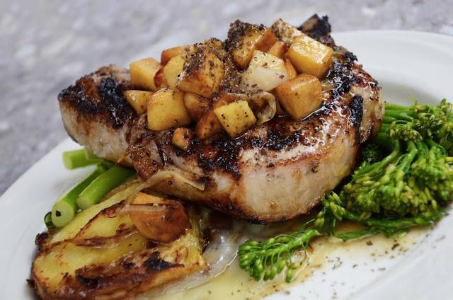 tasty-looking-steak-meal