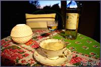 Ma recette pour le premier jour de l'été : crème glacée au miel et à la cardamome.