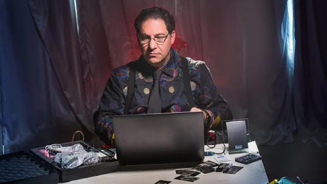 සුපිරිම Hackers ලා පහක විස්තර (World Best Hackers Top 05) - Kevin Mitnick