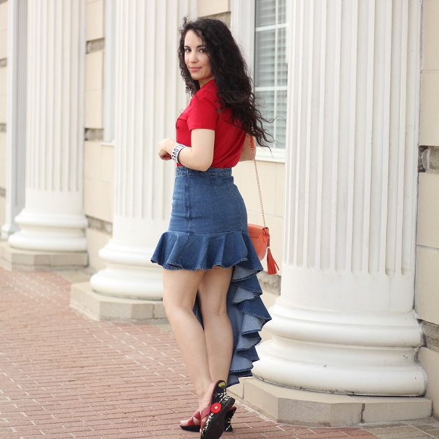 Shein Festival Outfit Idea: Tee Shirt and Denim Ruffle Skirt