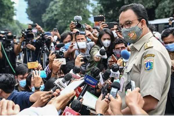 Rocky Gerung: Pemanggilan Anies Sebenarnya Usaha Politik Istana Menggiring Opini Publik