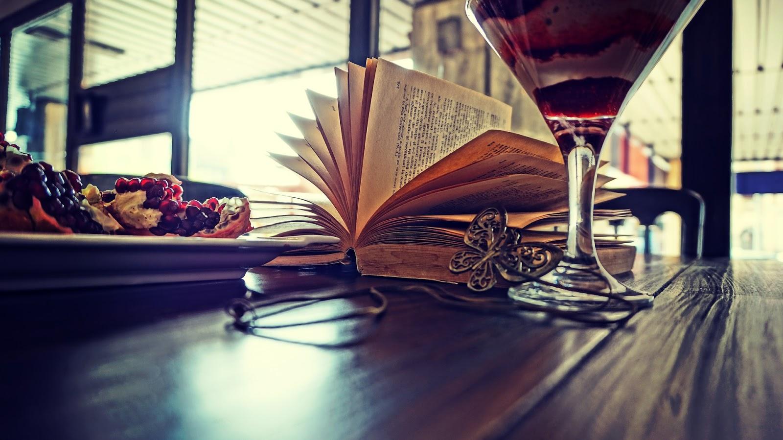 Mój dzień w książkach, czyli zabawa blogowa