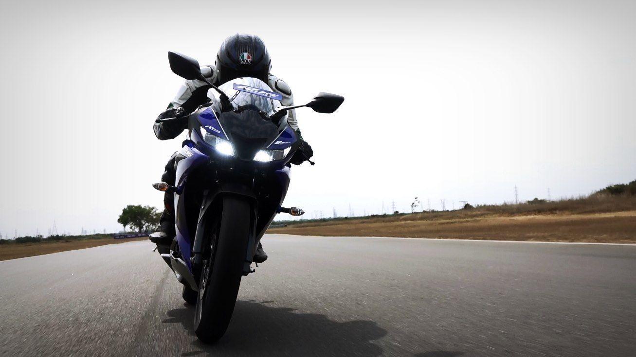 Gambar Yamaha R15 V3 kualitas HD - 13