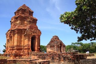 Candi Poshanu: Elegi Situs Yang Kehilangan Bangsanya