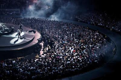 U2 montreal online