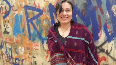 منصورة عز الدين كاتبة روائية أدبيه عربية مصرية كتب روايات كتاب ادب رواية