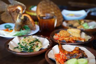 Restoran Lombok Idjo - Makan mewah harga mahasiswa.