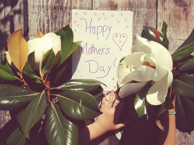 20+ Jenis Hadiah Hari Ibu Untuk Anda Dapatkan