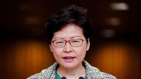 हांगकांग के नेता कैरी लैम विघटन के बाद वीडियो के माध्यम से नीति का पता प्रस्तुत करते हैं