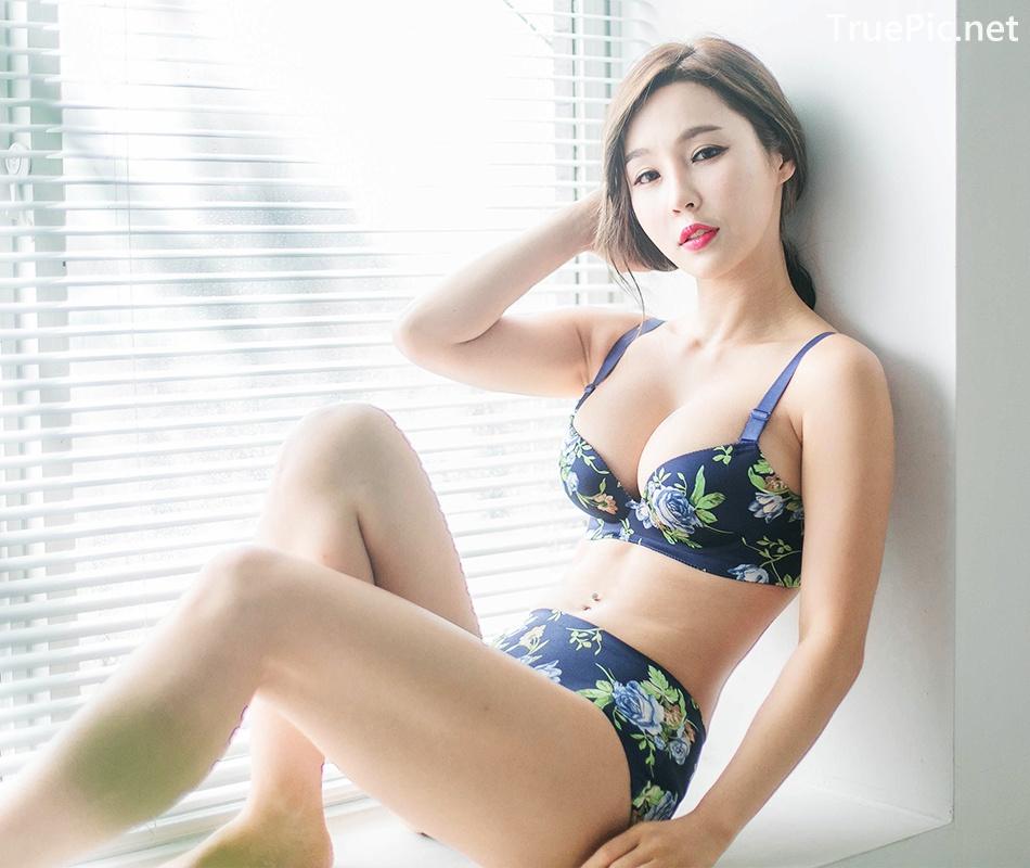 Image Lee Ji Na - Korean Fashion Model - Push Up Bra Lingerie - TruePic.net - Picture-6