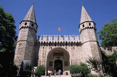 Topkapi Palace sebagai salah satu tempat yang penuh dengan sejarah