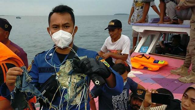 Jatuh di Sekitar Pulau Lancang, Basarnas Buka Posko Pencarian Pesawat Sriwijaya Air SJ182 .lelemuku.com.jpg