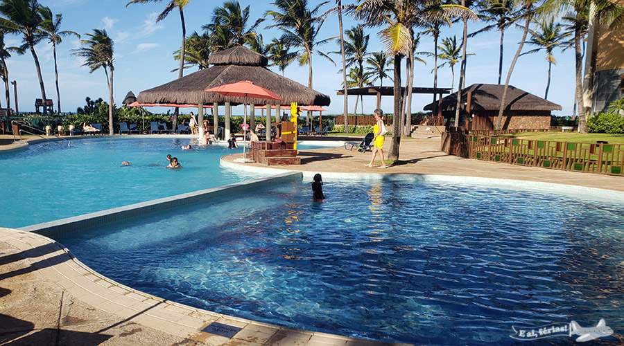 Piscina do Beach Park Suites Resort.