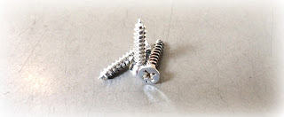 Chrome Plated Phillips Flat Sheet Metal Screws in 316 stainless steel - Engineered Source is a supplier of chrome plated 316 stainless steel screws and fasteners, serving Santa Ana, Orange County, Los Angeles, San Diego, Inland Empire, Southern California, United States, Mexico