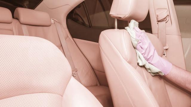 Comment nettoyer votre voiture pendant la pandémie de coronavirus