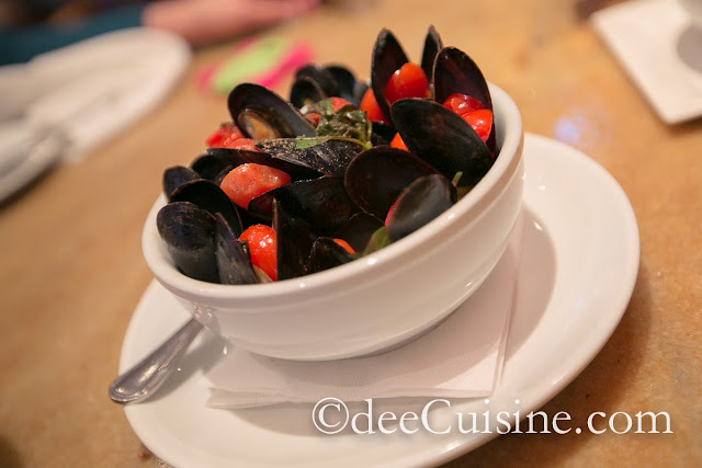 Prince Edward Island Mussels at Quattro Pazzi in Stamford, CT