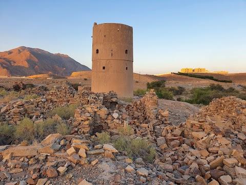 الحُصن ( قلعة صغيرة )