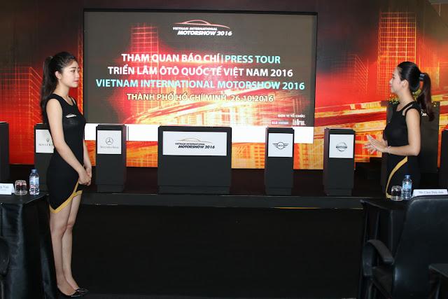 Những hình ảnh đầu tiên tại triển lãm Vietnam international Motor Show 2016
