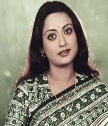 Talluri Rameshwari Biography, Wiki, Images, Photos, Movie list, Lifestyles, Height, Weight