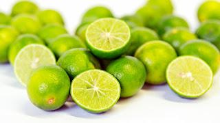 Cara Menghilangkan Wajah Berminyak Menggunakan Jeruk Nipis, manfaat jeruk nipis, kandungan jeruk nipis, olahan jeruk nipis,