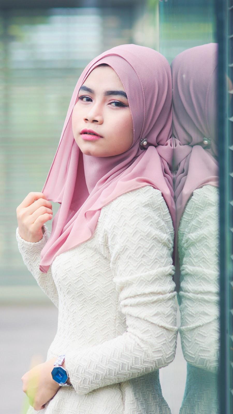 wallpaper muslimah cantik hijab cewek manis dan seksi Dagu indah