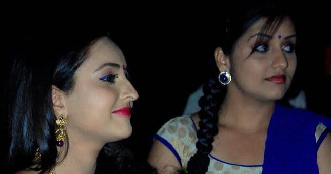 Bhama Latest Hot Pictures In Saree And Churidar « Mallufun.com