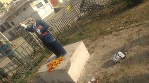 ambedkar-statue-broken