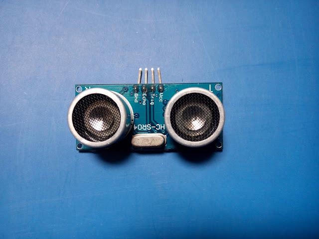 इस project में Hc-Sr04 sensor का use है