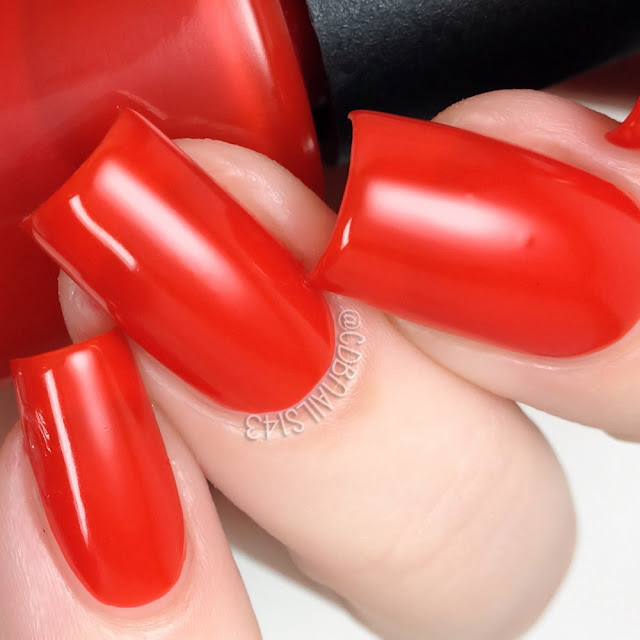 24 Karat Lacquer-Lady in Red