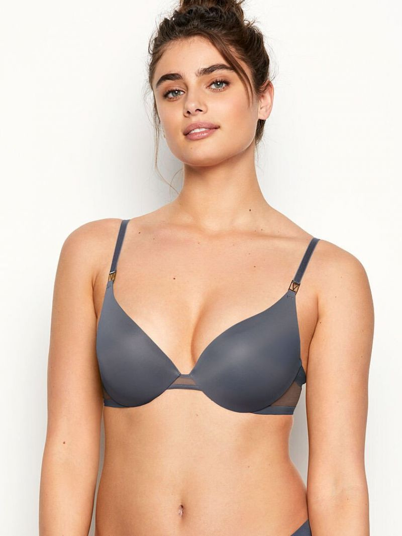 Taylor Hill Featured for Victoria's Secret - July 2020