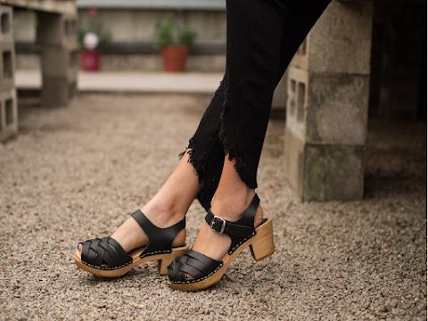 7 Kiểu Sandal Đáng Mua Nhất Mùa Hè 2020