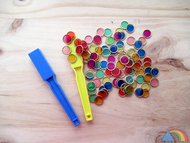 Varitas magnéticas y discos de colores