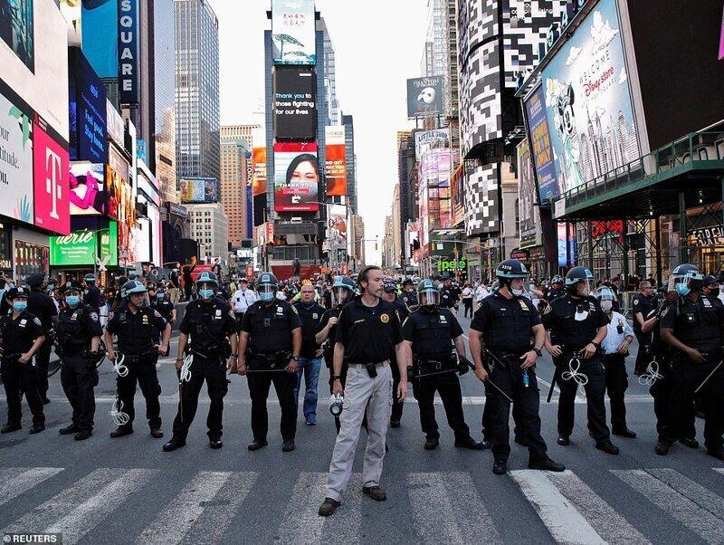 Más de 10 mil personas arrestadas durante las protestas en Estados Unidos