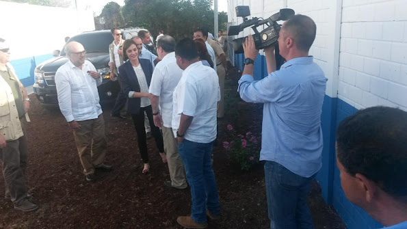 Queen Letizia of Spain visited water and sanitation facilities for the Isla de Mendez