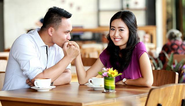 buat pasangan merasa penting dan diinginkan
