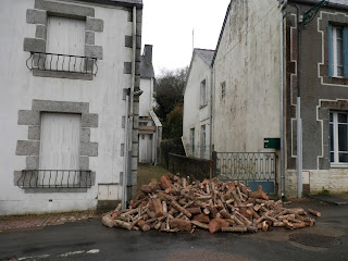 a cord of wood in France - renovation project
