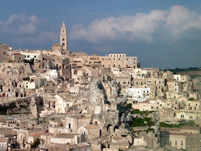 """Thành phố hang đá 9.000 năm tuổi """"già"""" nhất thế giới 2"""