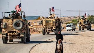 EE.UU. amplía base ilegal en campo petrolero sirio