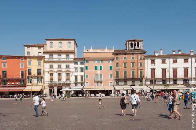 VIaje a Verona Italia que ver piazza bra