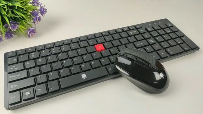 iBall i4 wireless keyboard and mouse combo